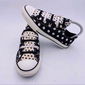 Converse polka dot shoes